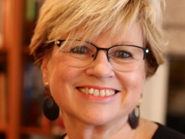 Monique Ronzeau : « Le monde éducatif et la démocratie participative »